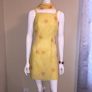 Dresses & Skirts - Beautiful floral dress with scarf, size 8